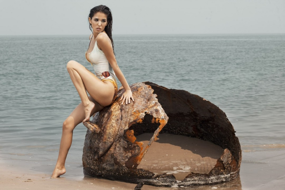 Hot Russian Girls Beach HD Wallpaper HD Wallpaper 2013