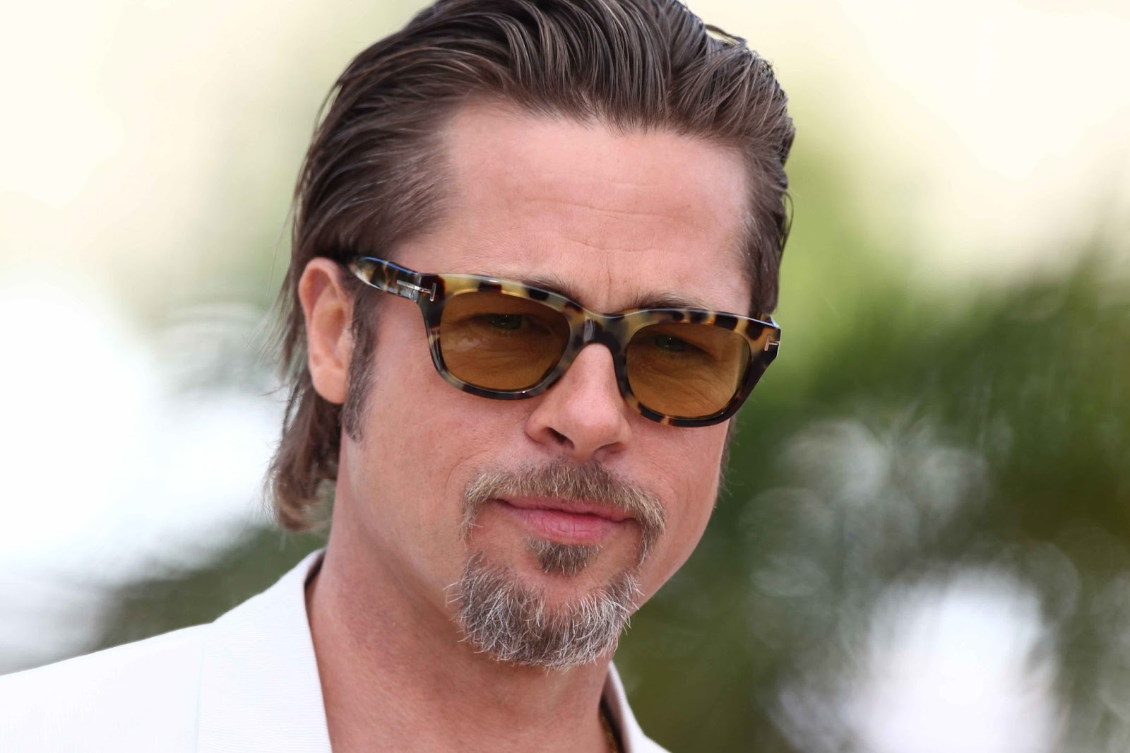 Brad Pitt Cool Hairstyle With Sunglasses Picture Gallery Latest Wallpapers High Definition
