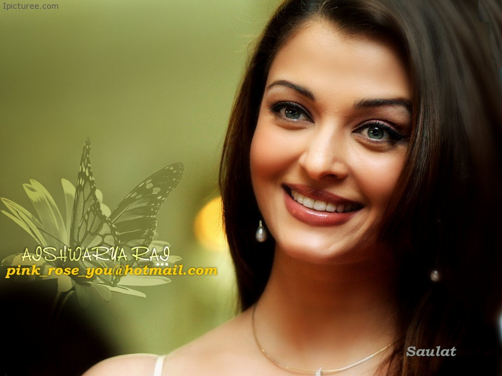 Aishwarya Rai Cute Smile