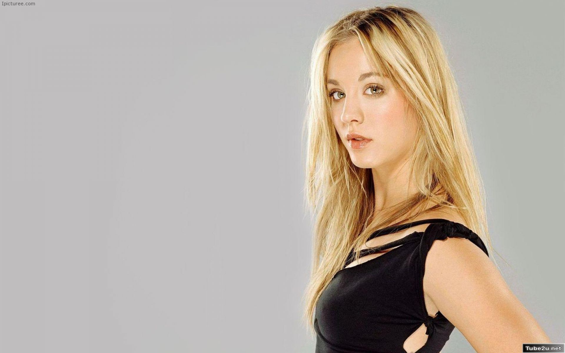 Sexy Kaley cuoco wallpaper