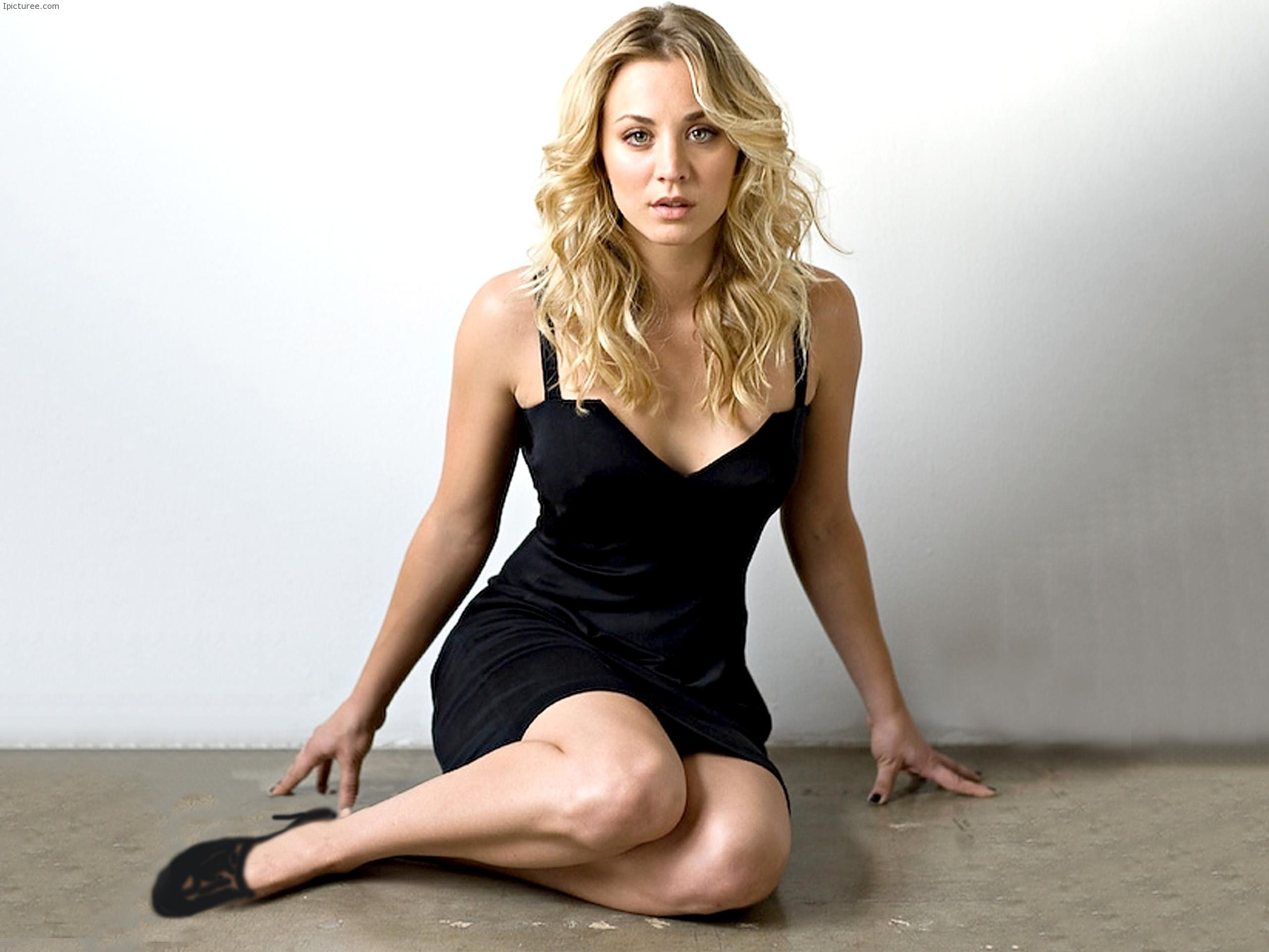 Kaley Cuoco in Sexy Black Dress HD Wallpaper