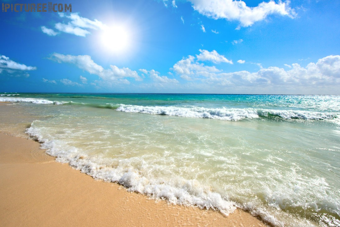 Sunny Beach seaside Wallpaper