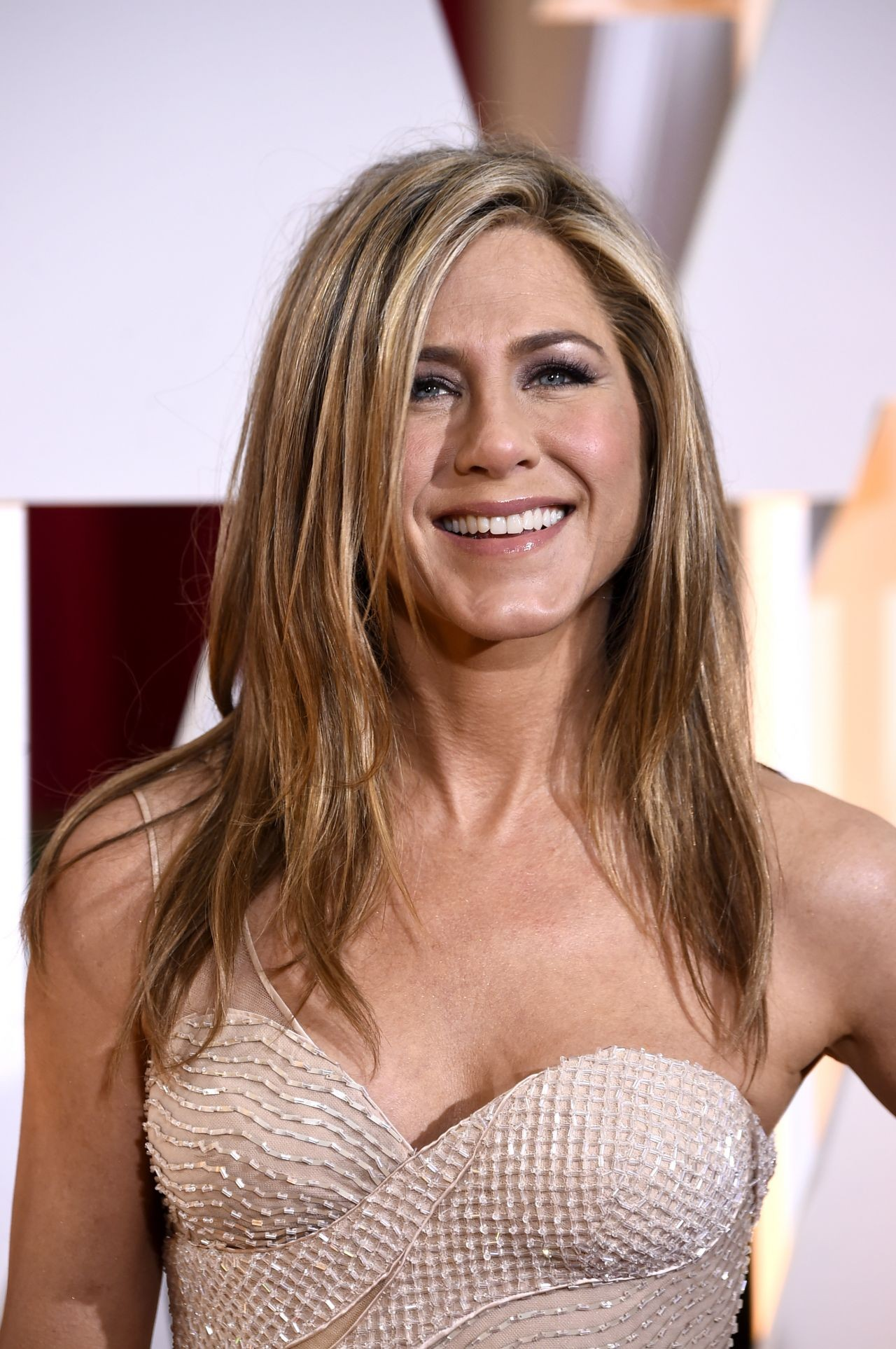 Jennifer Aniston 2015 Oscars Red Carpet in Hollywood