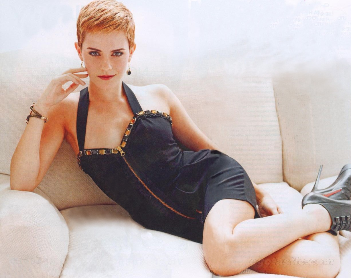 Emma Watson Hot Wallpaper